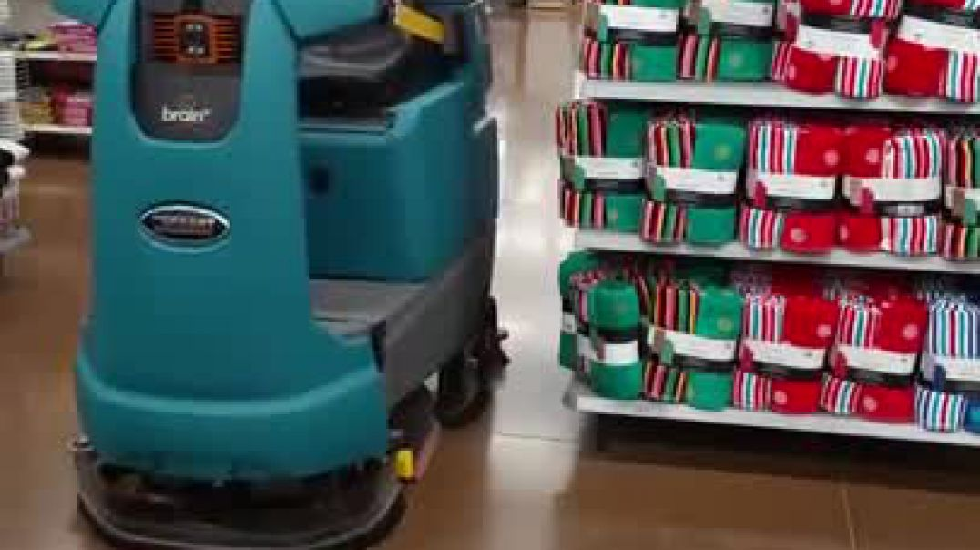 Walmart robot floor cleaner.mp4
