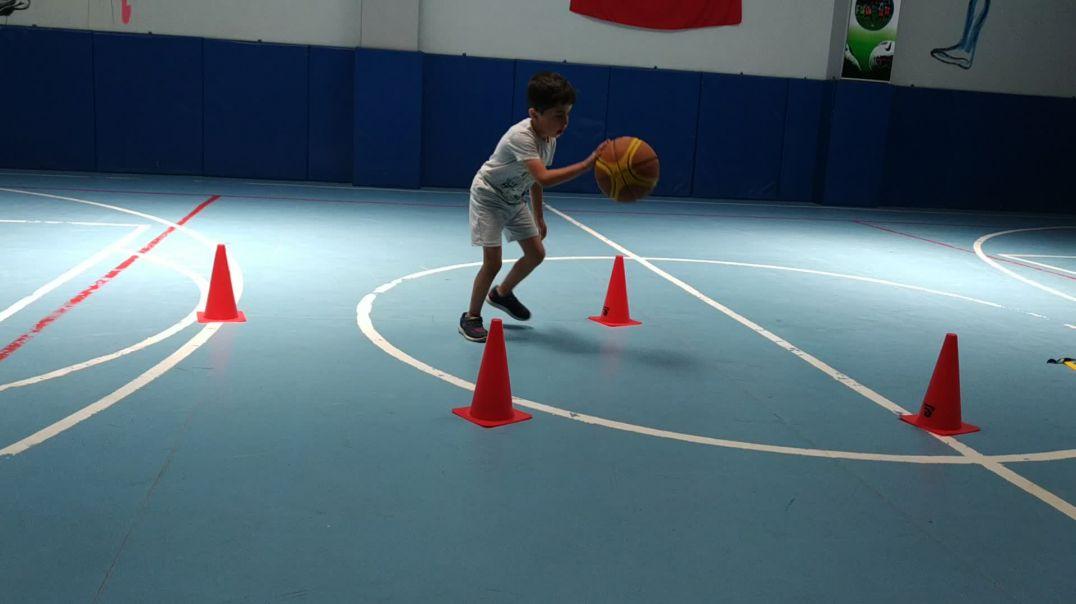 5 and 6 basketball players