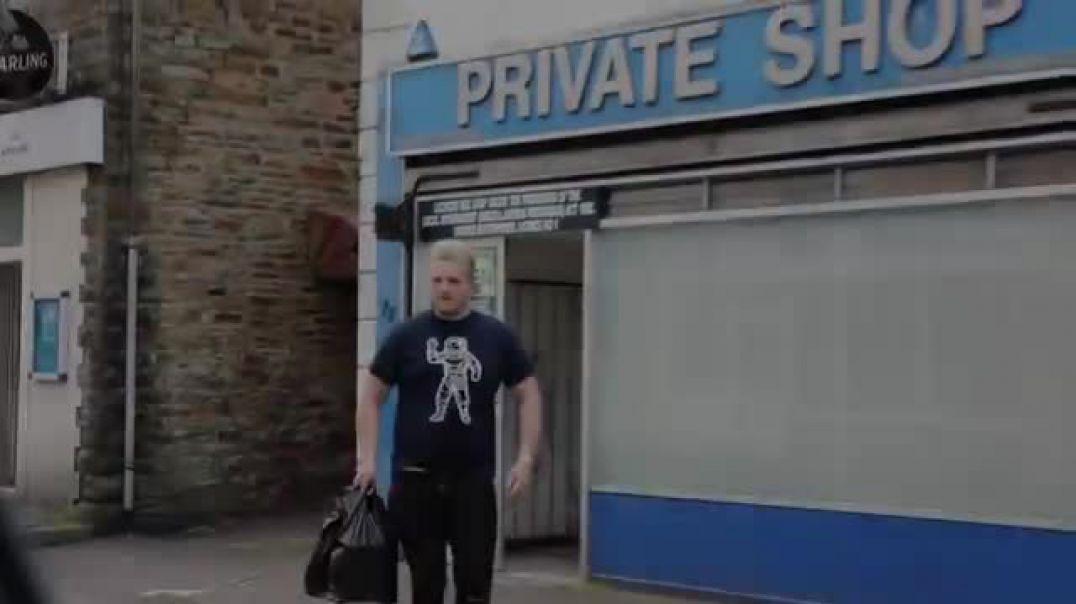VIBRATING pants on my bro in PUBLIC __PRANK!