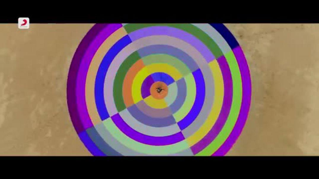 She Move It Like - Official Video _ Badshah _ Wari(360P).mp4