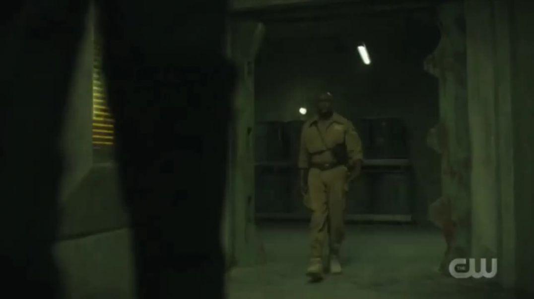 Black Lightning Season 3 Khalil Painkiller vs Gravedigger