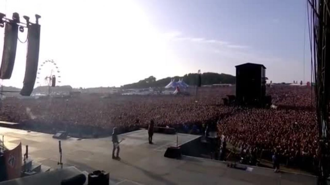 Gun's And Roses - Welcome To The Jungle (Download Festival 2018)