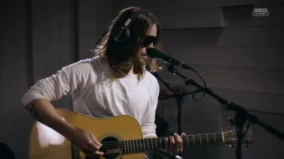 30 Seconds to Mars - Hurricane (Live at Radio Nova)